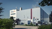 Company building (739.5 KB)